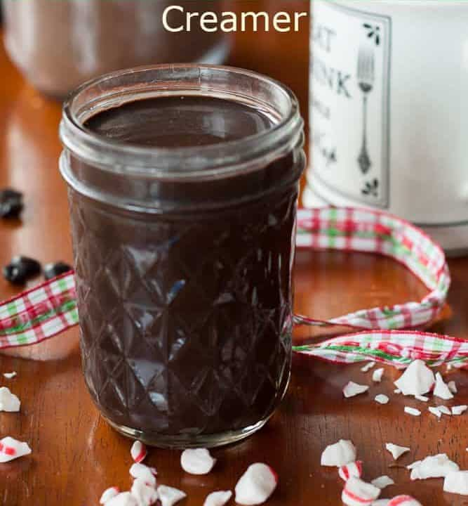 With this naturally sweetened dairy free chocolate peppermint creamer, everyone can enjoy a little taste of the holidays in a toe-warming drink.