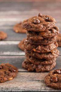 Chewy Flourless Chocolate Peanut Cookies