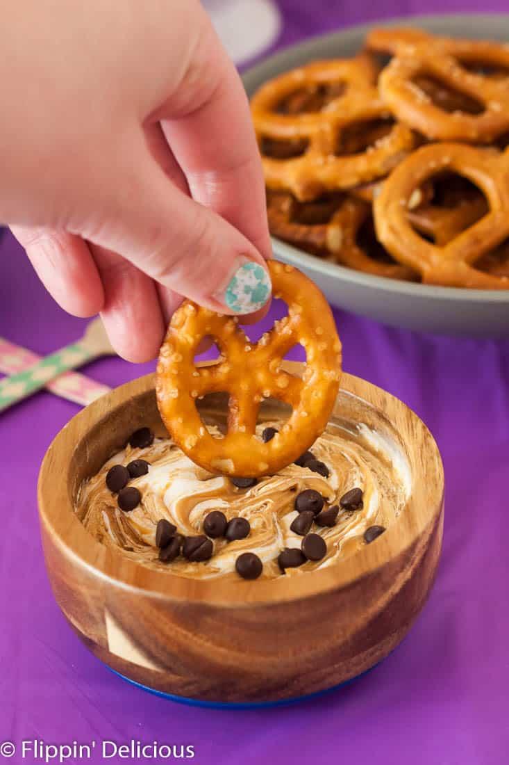 Fluffernutter pretzel dip … Celebrate #NationalPretzelDay with a gluten free pretzel party!