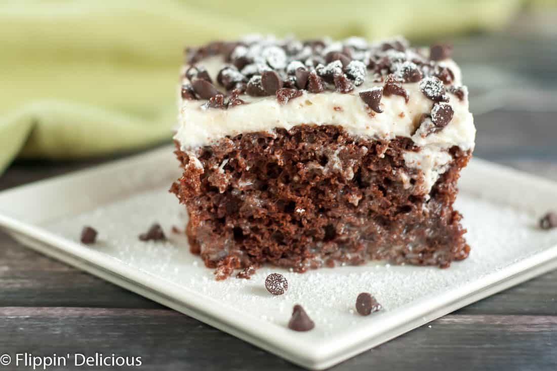 gluten free cannoli poke cake-4