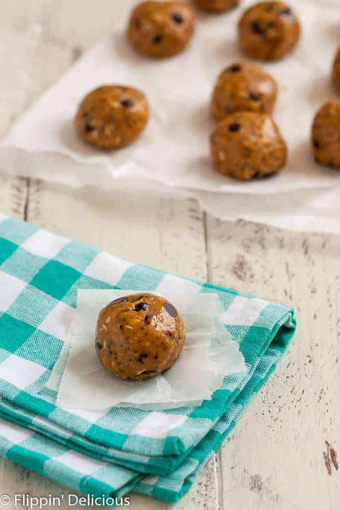 With some Peanut Butter Chocolate Chip Energy Bites, better-for-you snacking is a cinch!