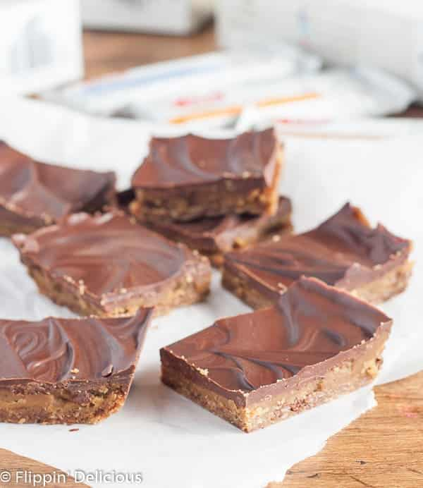 No-Bake Millionaire Bars are a cinch to make and they are gluten-free, vegan, and rice-free. They are the perfect easy treat to tuck into a lunch box.