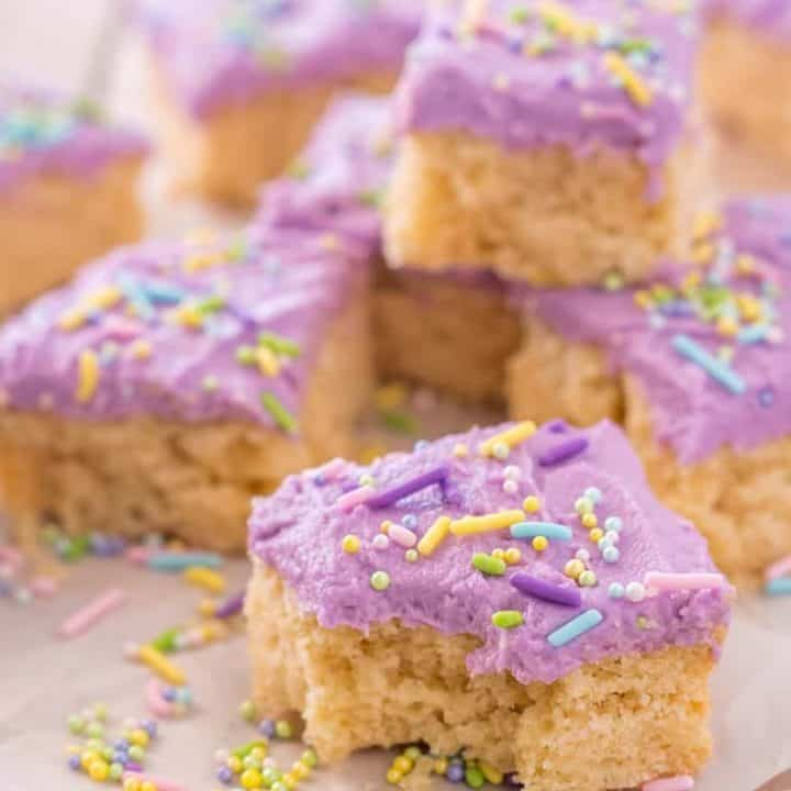 Gluten Free Sugar Cookie Bars- Everything you love about gluten free sugar cookies in an easier, lazier bar cookie. Dairy free and vegan recipe options.