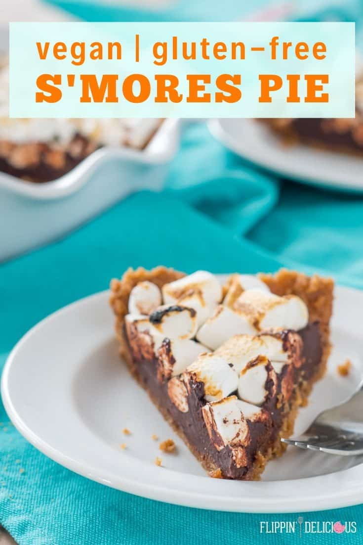 Easy vegan gluten free s'mores pie with a buttery gluten free graham-style crust, vegan fudge filling, and golden vegan marshmallows. flippindelicious.com #glutenfreepie #glutenfreerecipe #glutenfree